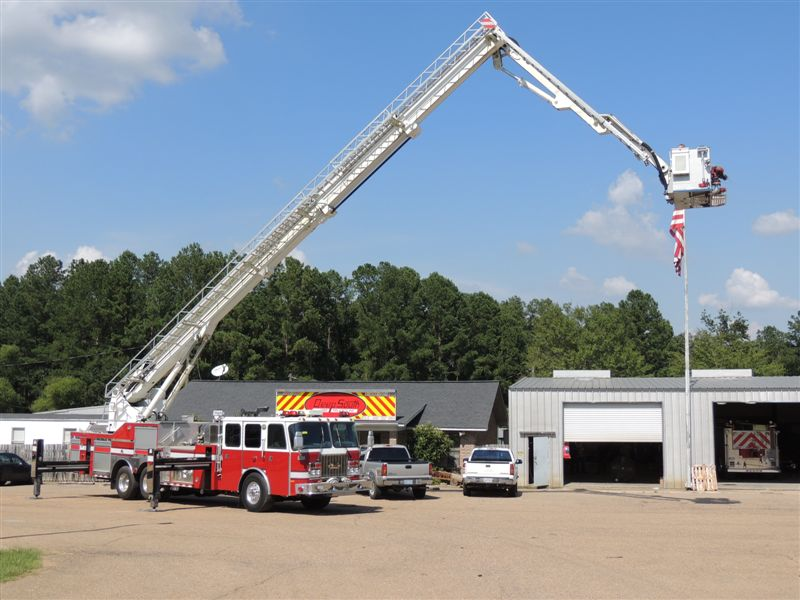 BRONTO | Deep South Fire Trucks